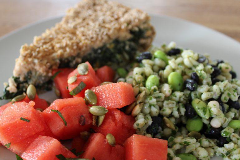 Salat med perlebyg og salat med vandmelon