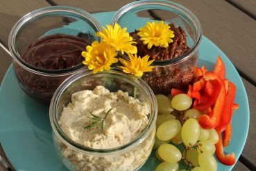 Vegansk smørepålæg til brunchbord