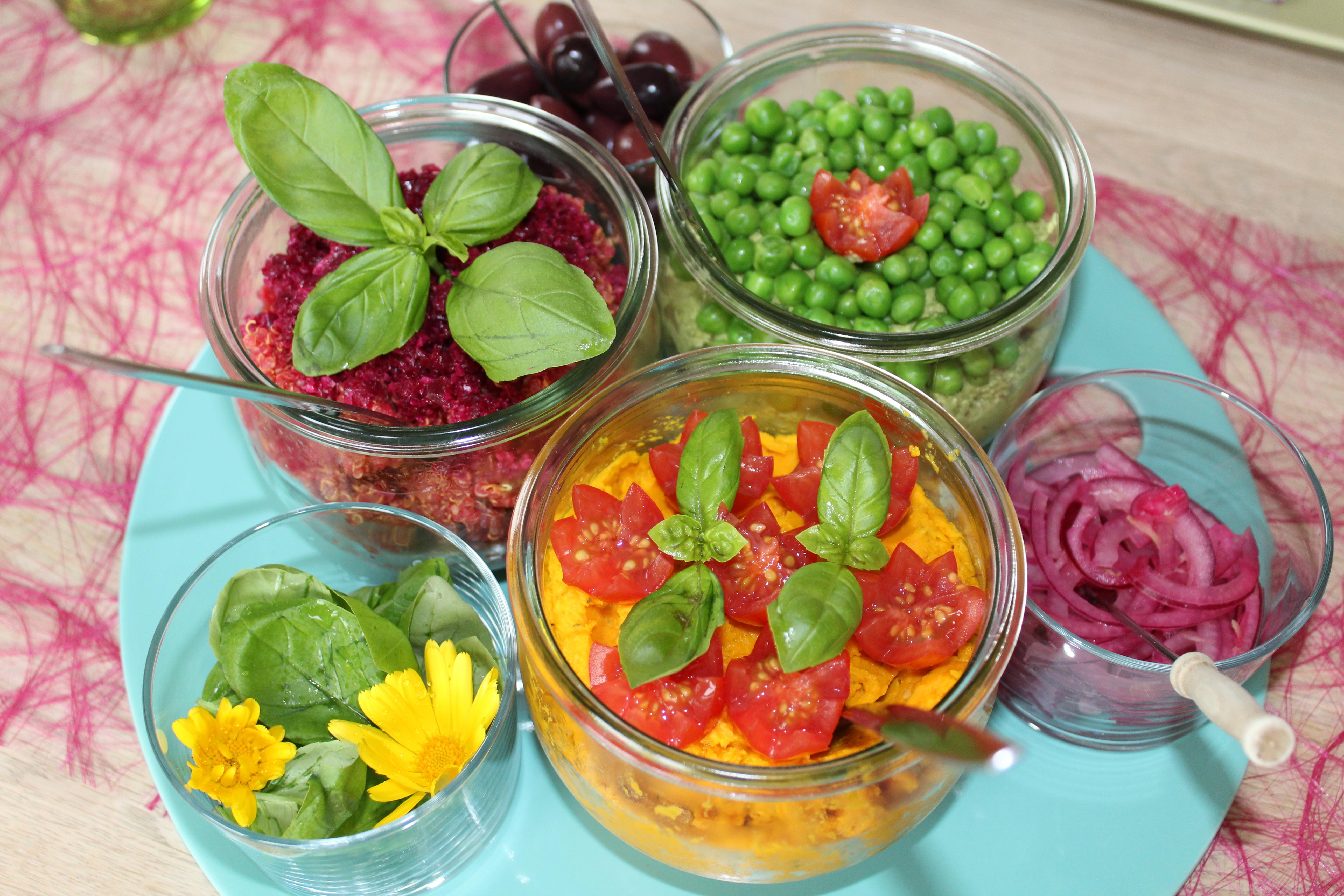 Vegansk smørepålæg til en venne-frokost
