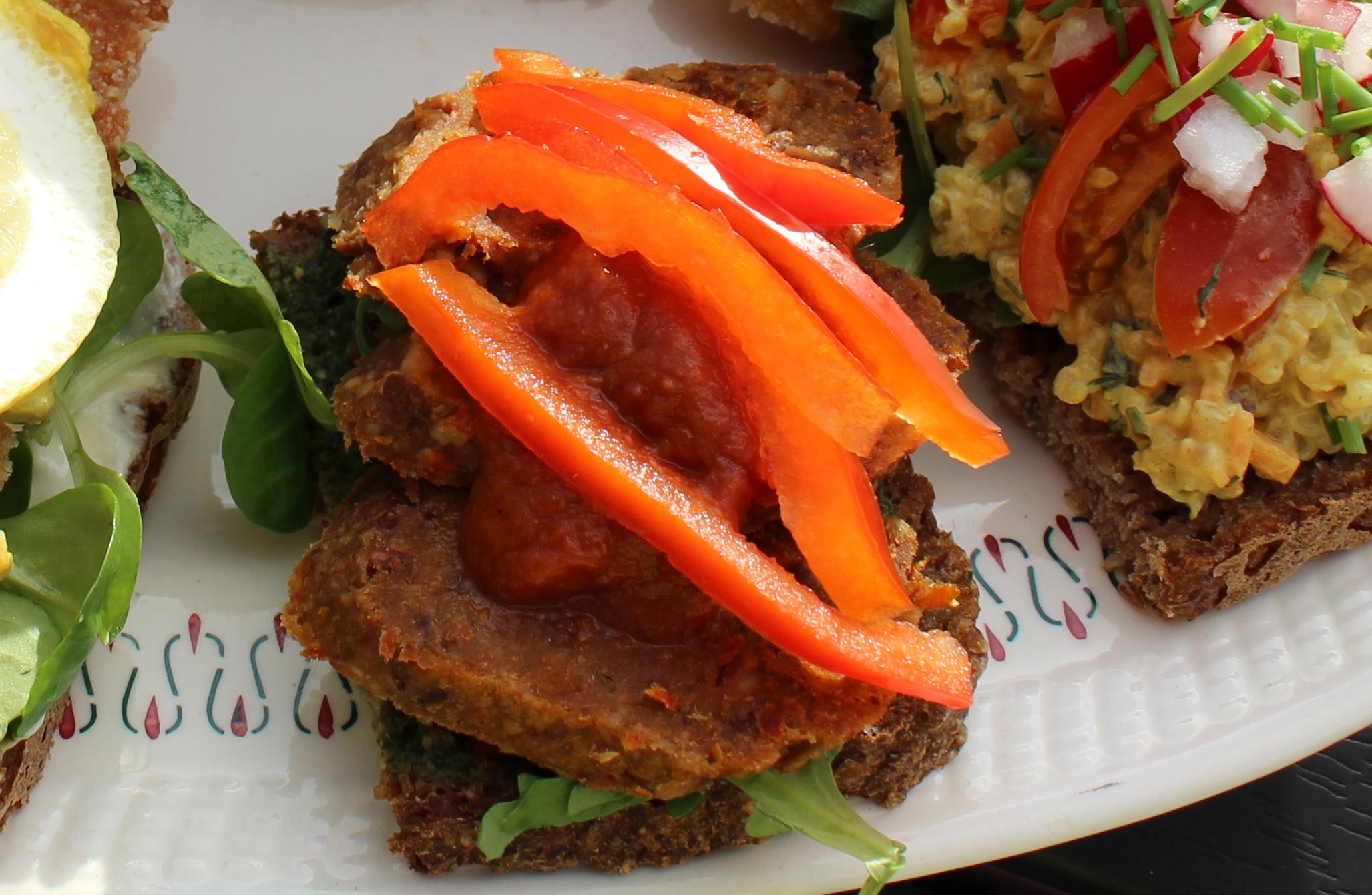 Smørrebrød med vegansk chorizo