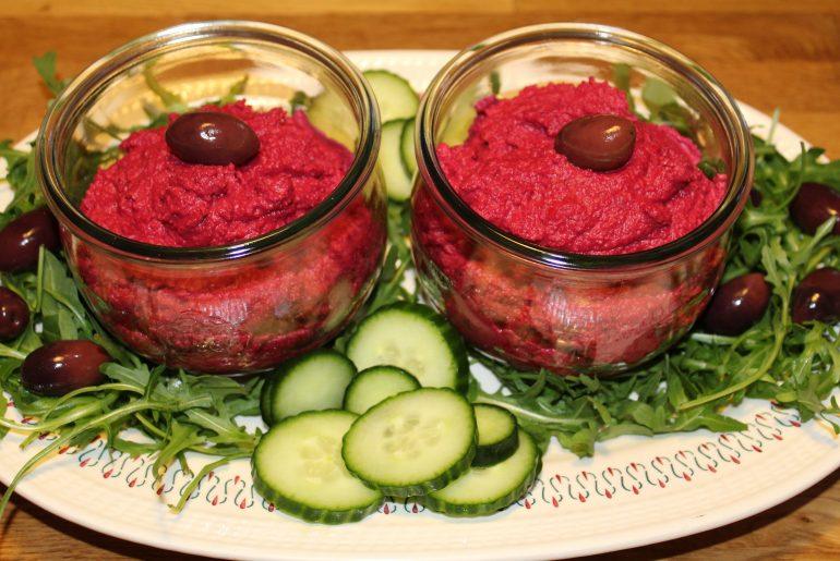 Rødbedehummus