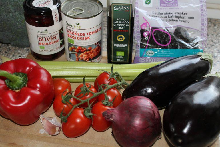 Ingredienser til aubergineratatouille