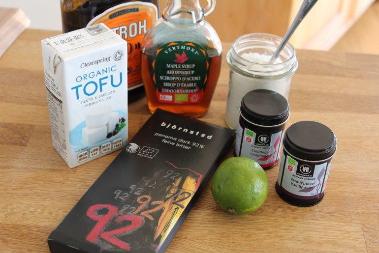 Ingredienser til vegansk chokoladedessert