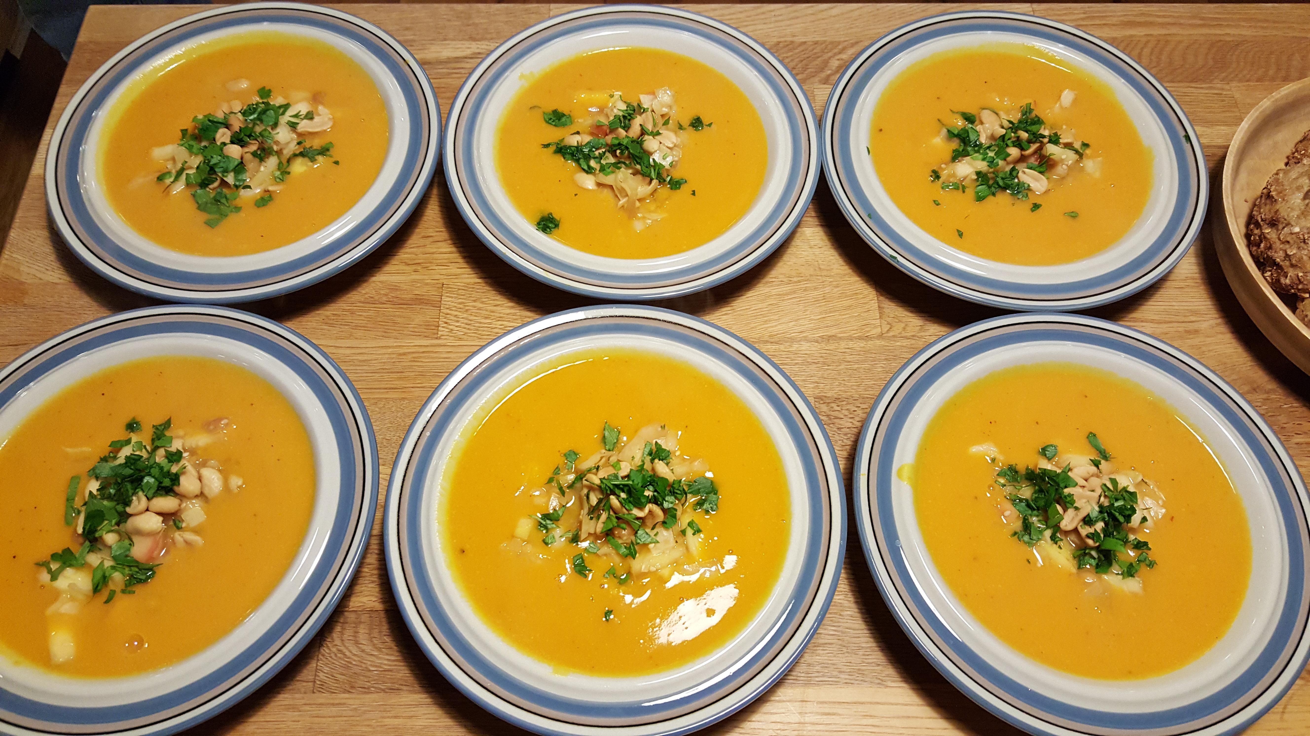 Hokkaidosuppe med sesamkål