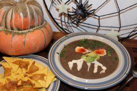 Vegansk sortbønne-suppe