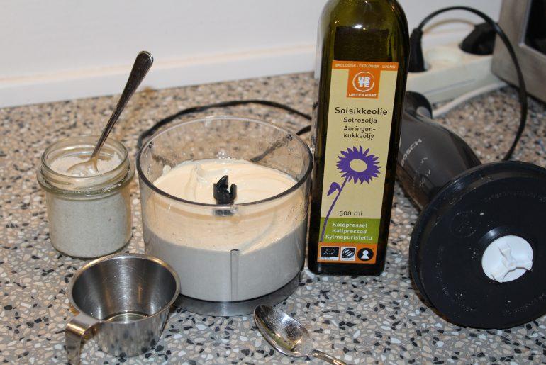Vegansk mayonnaise med sillketofu
