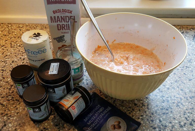 Bagt gulerodskagegrød